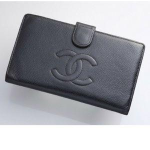 100% Auth Chanel Caviar Skin Bifold Long Wallet